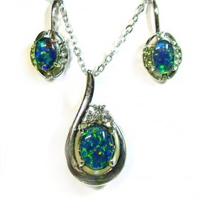 How to care for opal jewelry